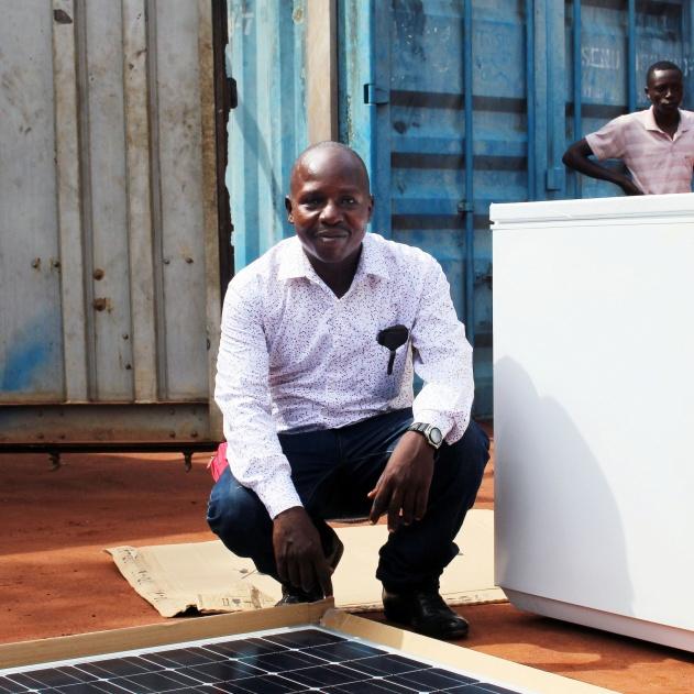 Gaspy Zongalinga, lead solar technician